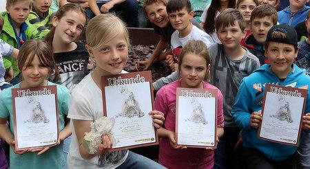 �Meine sch�nste Steingeschichte�: Paula Welp mit Bergkristall belohnt