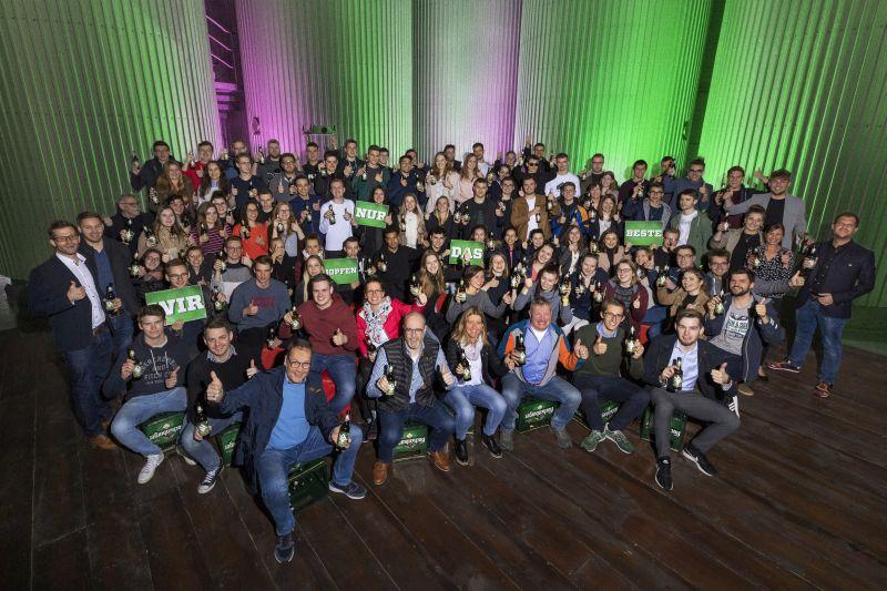 Rund 100 Hachenburger Studenten erkunden die Innenstadt