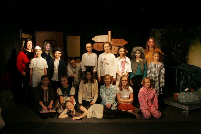 Erfolgreiche Premiere des Petermännchen-Theaters