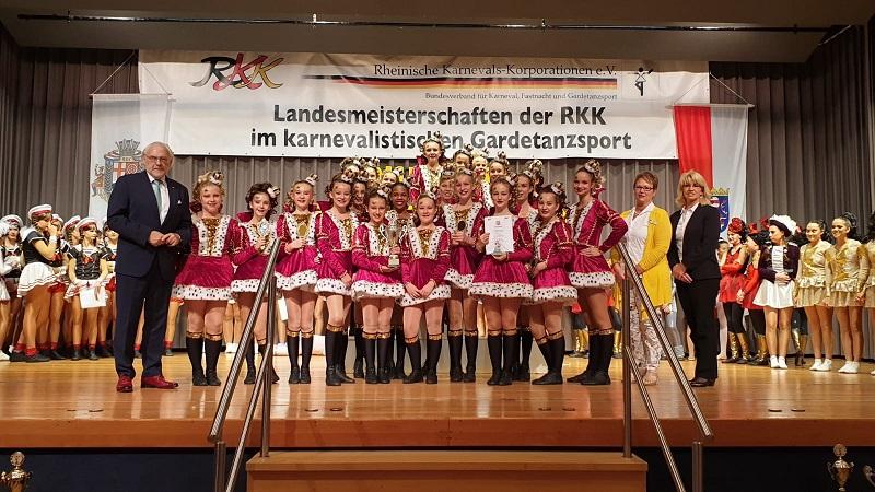 KG Wissen: Tanzcorps auf dem Weg zur Deutschen Meisterschaft