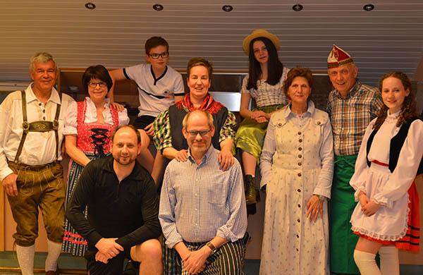 Theatergruppe Niederraden - Die Reise geht weiter