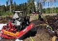 Unimog gerät in Brand – Feuer greift auf Wald über