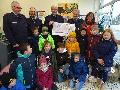 Schellenberg-Grundschule freut sich über Spende der Feuerwehr