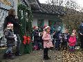 Kita Fürthen: Lebendiger Adventkalender läutete Adventszeit ein