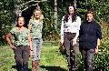 """""""Jägerinnen und Gefährten"""" beim Fotoshooting im Waldrevier"""