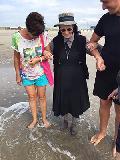 Mit 89 Jahren zum ersten Mal am Meer
