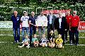 Spende übergeben: Benefizspiel gegen Bayer Leverkusen brachte 10.000 Euro