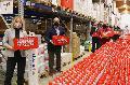 30.000 Schoko-Weihnachtsmänner verschenkt
