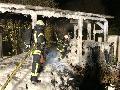 Holzschuppen in Roth-Oettershagen stand in Flammen