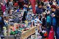 Flohmarkt Neuwied lockte Besucher in die Stadt