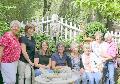 Erl�s der Landvisite: Margarete Ermert �bergab 4.300 Euro f�r den guten Zweck