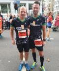 Die MANNschaft beim Marathon in Köln am Start