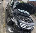 Heftiger Auffahrunfall: PKW-Fahrer �bersah geparkten Kleinlaster