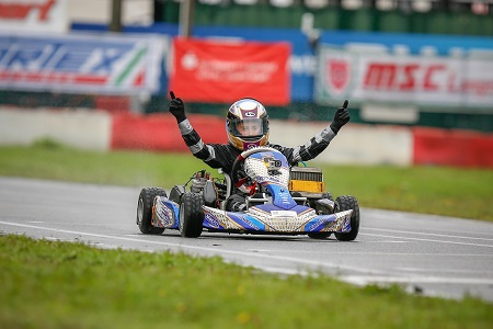 Tom Kalender holt vorzeitigen Titel im ADAC Kart Masters