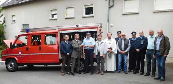 Freiwillige Feuerwehr Alsbach erhielt Tragkraftspritzenfahrzeug