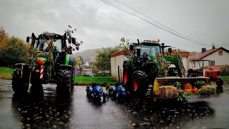 Im Traktor zum Gottesdienst