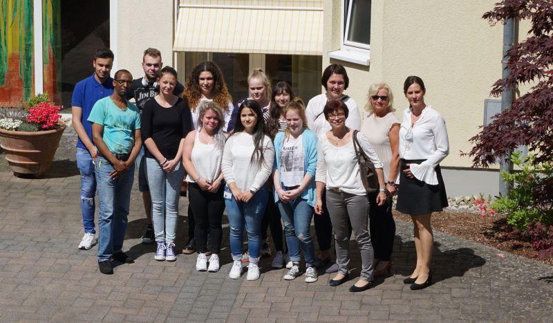 Krankenpflege-Schüler besuchen Krankenhaus Dierdorf/Selters