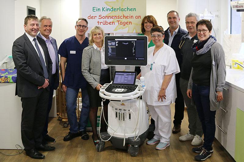 "Förderverein ""Sonnenschein e.V."": Neues Ultraschallgerät gestiftet"