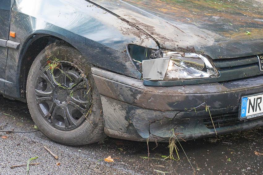 Zwei Unfälle mit jungen Fahrern - ein Verletzter