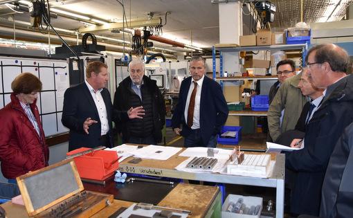 Präzisionstechnologie aus dem Westerwald: CDU-Kreistagsfraktion besuchte VWH GmbH