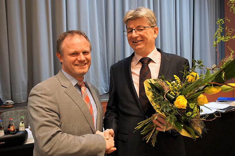 Ralf Seemann als Beigeordneter im Stadtrat Neuwied vereidigt