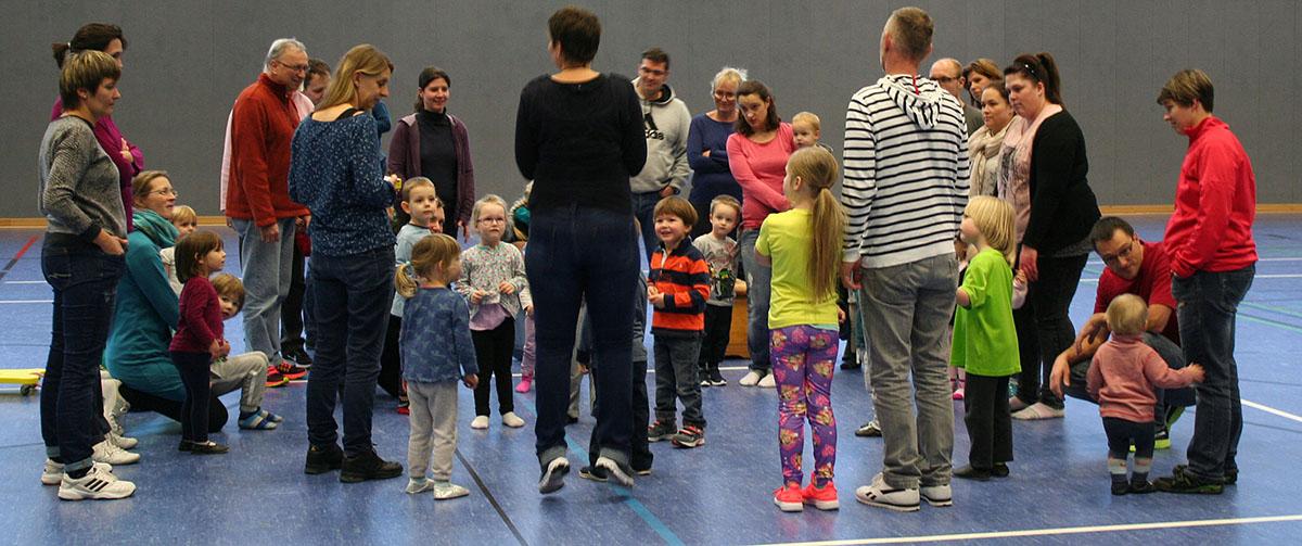 VfL Waldbreitbach sucht Trainer für Eltern-Kind-Turnen