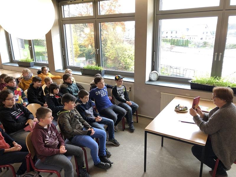 Vorlesetag an der August-Sander-Schule mit Fred J�ngerich