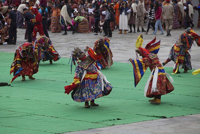 """Bildervortrag: """"Unterwegs in Bhutan"""" in Dierdorf"""
