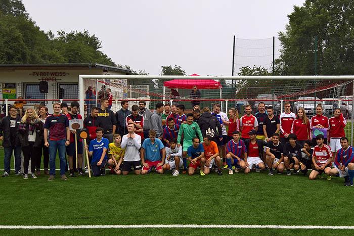 Über 50 Spieler beim Internationalen Fußballturnier