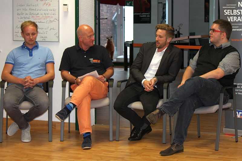 v.l. Mathis Haane, Hartmut Lösch, Felix Thönnessen und Daniel Maron beim 6. WW-Lab Gründertalk in Betzdorf Foto: jkh