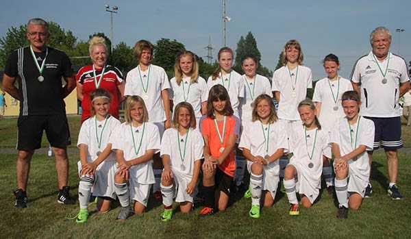 Juniorinnen gewinnen U 13-St�tzpunkt-Turnier