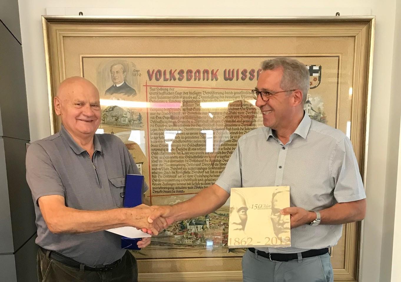 Bernhard Henn ist seit 60 Jahren Mitglied der Westerwald Bank