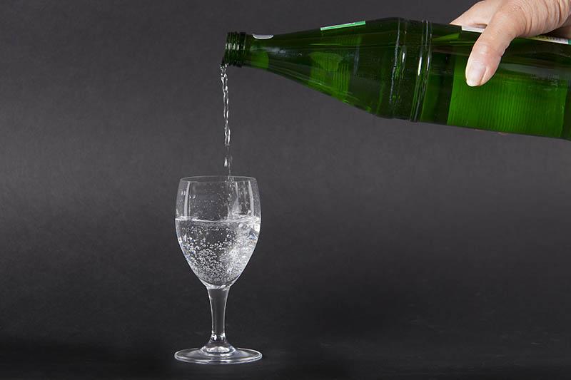 Flüssigkeitszufuhr: Wichtig für Konzentration, Leistung und Wohlbefinden
