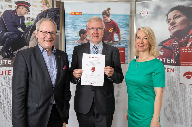 Hospiz-Stiftung mit Spendenzertifikat ausgezeichnet