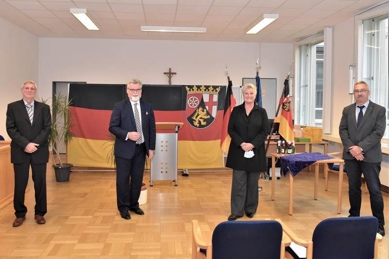 v.l.n.r.: Hans-Joachim Weis, Minister Mertin, Sylvia Hohn, Michael Genheimer. Foto: pr