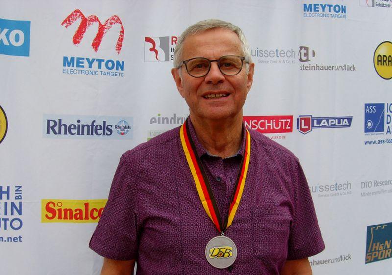 Hanspeter Wester dominierte Kreismeisterschaften der Sportschützen
