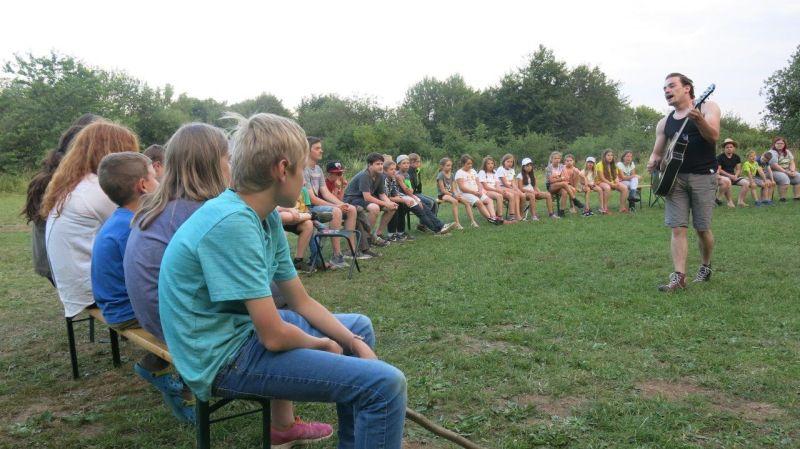 """Kinderfreizeit """"Abenteuer-Camp für mutige Mädchen und Jungen"""""""