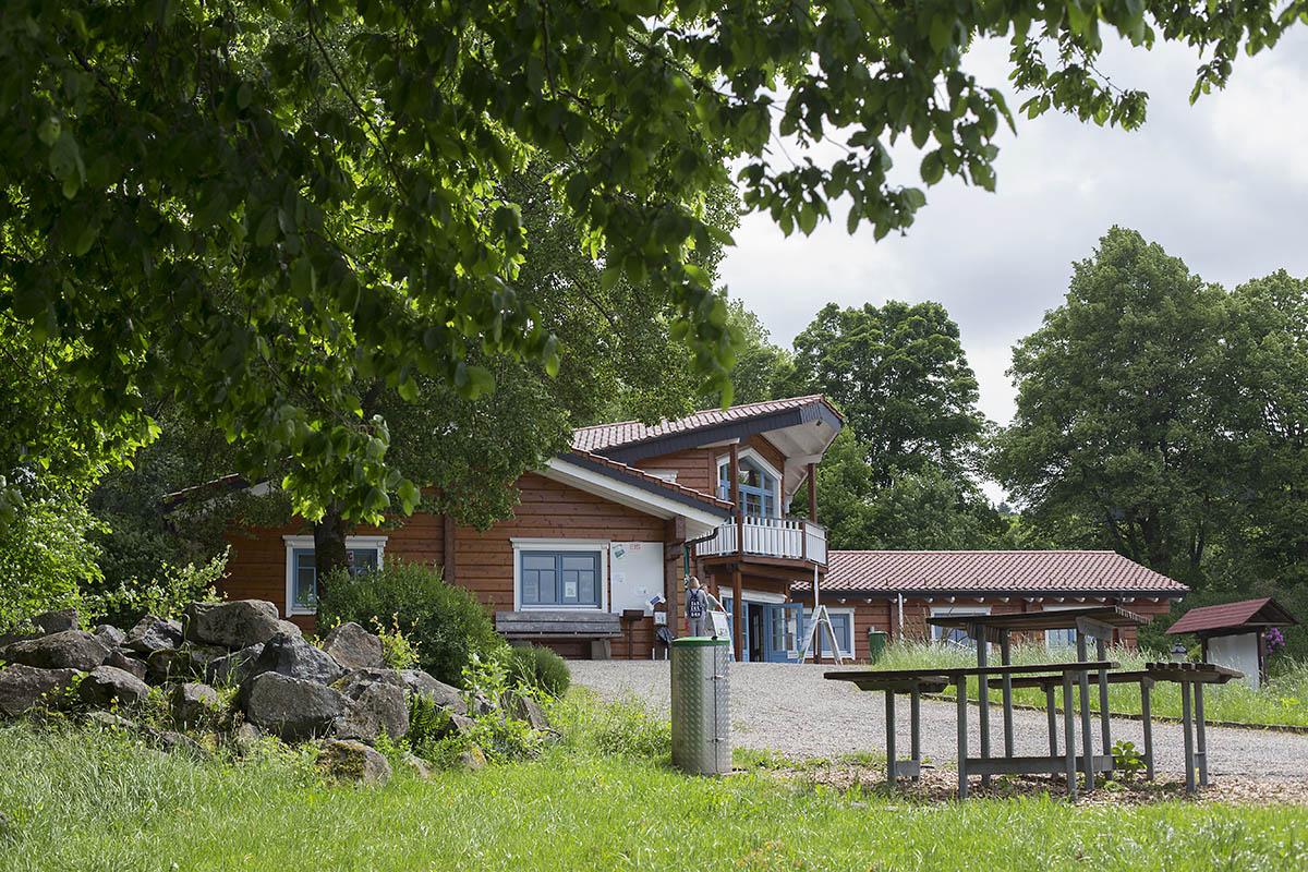 Startpunkt Touristen-Information am Wiesensee (TiWi). Fotos: Helmi Tischler-Venter