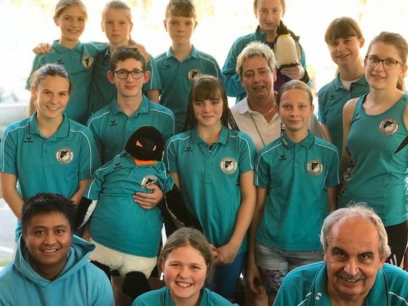 Schwimmer der Sportfreunde 09 Puderbach beim Nikolausschwimmfest