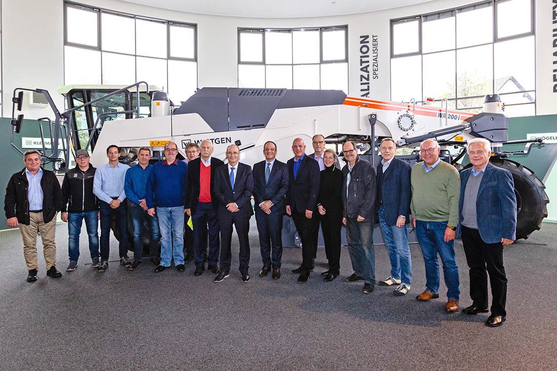 Gemeinderat besichtigte Wirtgen in Windhagen