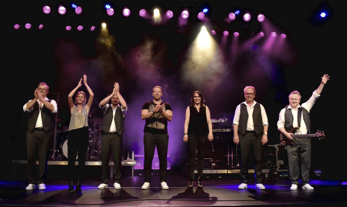 Die Band Street Life spielt am Samstag, 24. April, ab 19 Uhr exklusiv per LiveStream aus dem kulturWERKwissen.