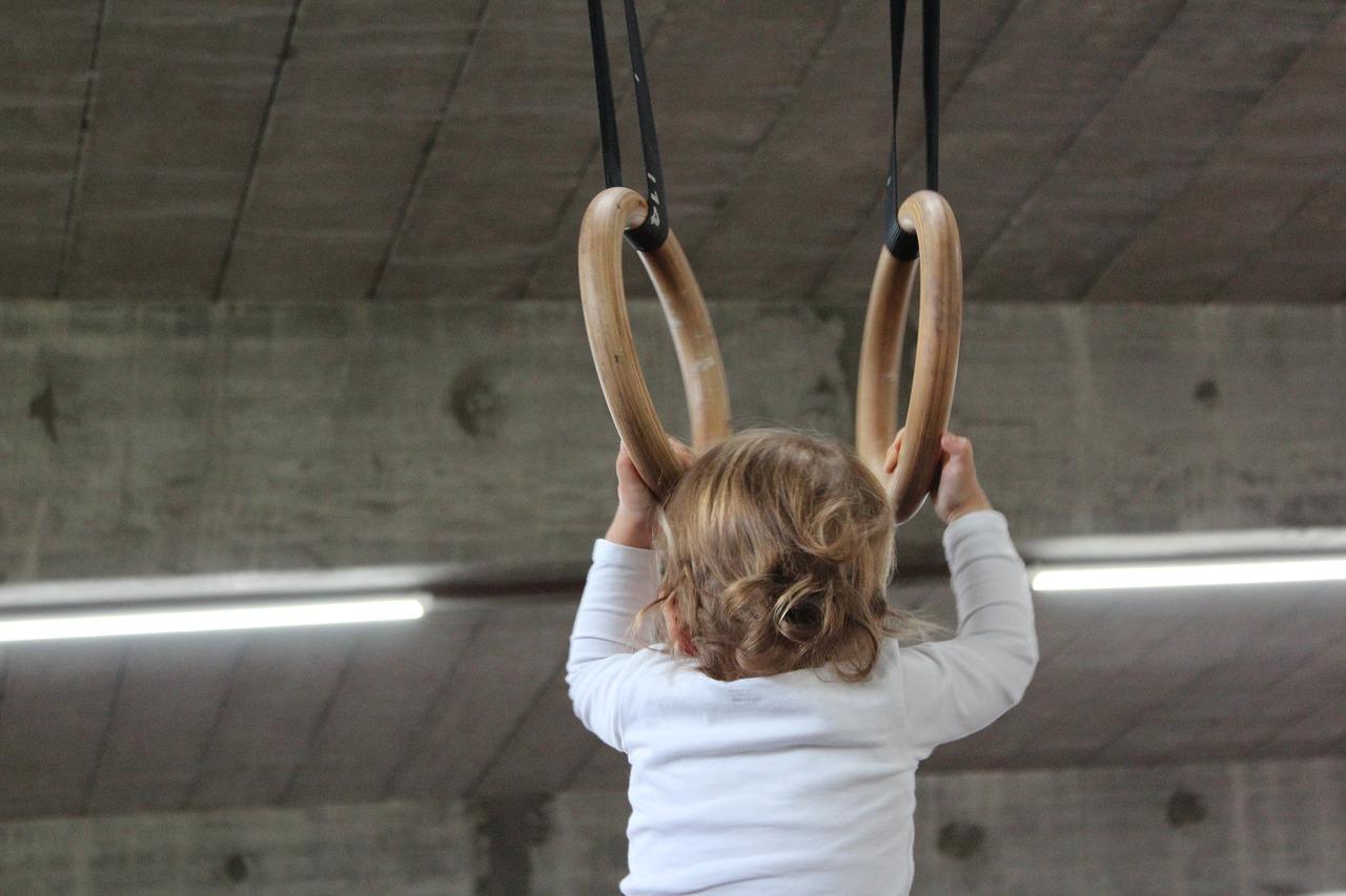 Der Sportverein DJK Wissen-Selbach sucht eine neue Übungsleitung für die Kinderturngruppen. (Symbolfoto)