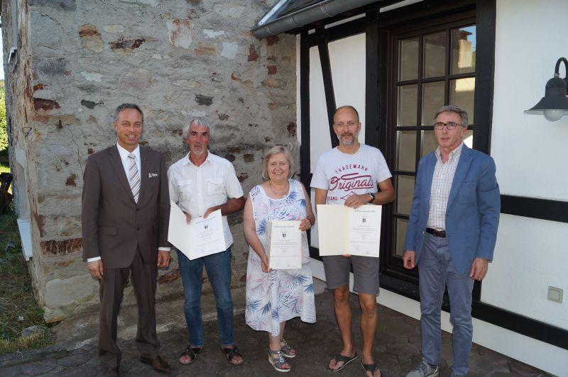 Verbandsbürgermeister Michael Merz mit den  Ortsvertretern aus Wittgert. Foto: privat