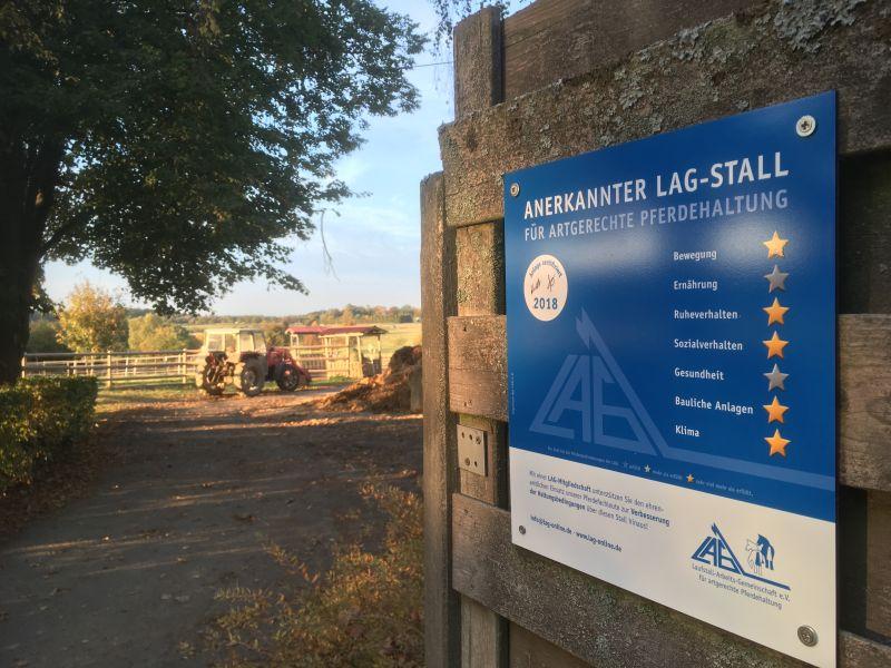 Wonnenberger Hof für pferdegerechte Tierhaltung ausgezeichnet