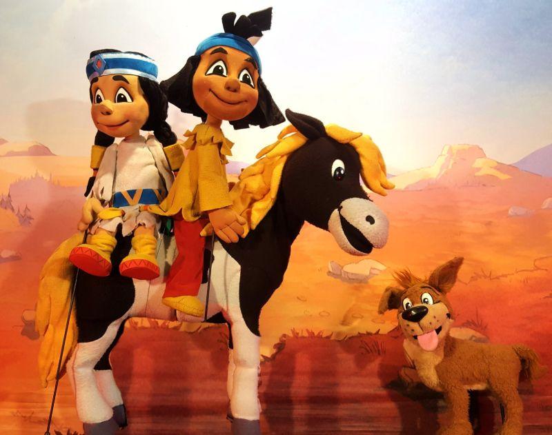 """Figurentheater """"YAKARI – der kleine Indianerjunge"""""""