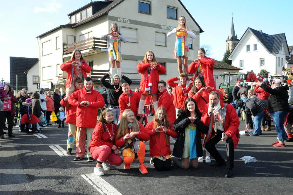 Zug in Oberlahr setzt Schlusspunkt beim Karneval in der Lahrer Herrlichkeit
