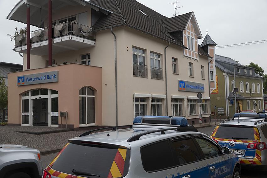 Raubüberfall in Puderbach vor der Westerwald Bank