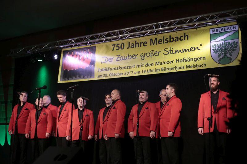 Die Mainzer Hofsänger in Melsbach. Fotos: Helmi Tischler-Venter