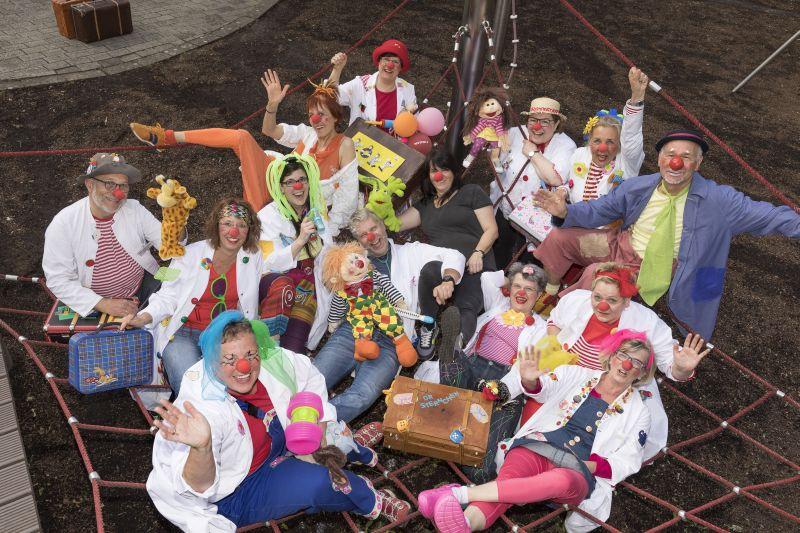 Ehrenamtliche Westerwälder Clowndoktoren feiern 15-jähriges Bestehen