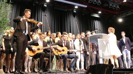 Abitur in Wissen kr�nte ansprechende Feier im Kulturwerk